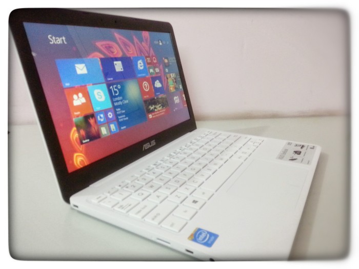 ASUS EeeBook X205TA detail review