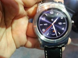 LG smartwatch, price of LG Urbane